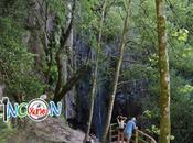 cascada Ribeira Sacra: FERVENZA AUGACAÍDA