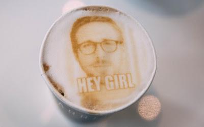 Ryan Gosling  en tu café favorito