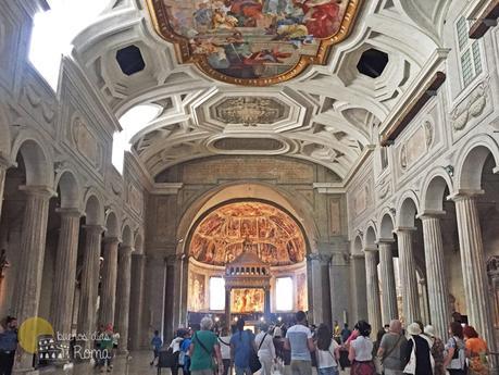 Interior iglesia San Pietro in Vincoli