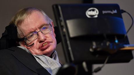 Stephen Hawking: La humanidad tendrá que abandonar la Tierra en los siguientes 100 años