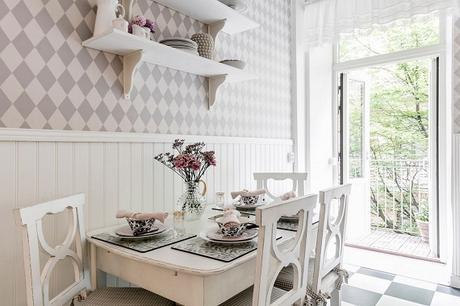 mesa comedor cocina y sillas madera decapado en crudo estilo country
