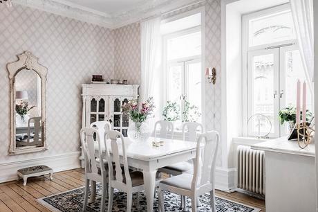 salón comedor muebles estilo country decapados en blanco