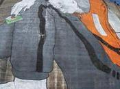 Mural metros artistas Ella Pitr