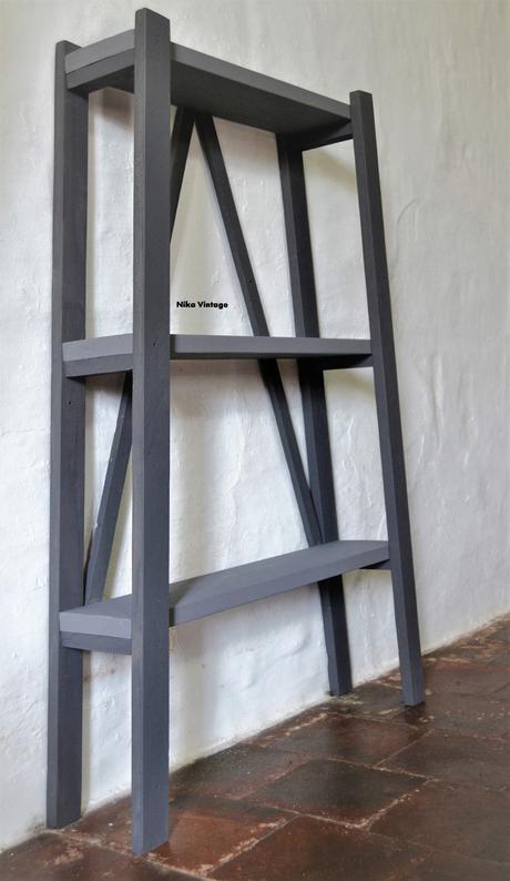 Diy c mo hacer una estanter a con madera reciclada for Como disenar una estanteria