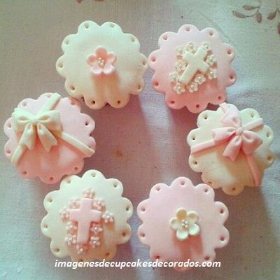 cupcakes de fondant para cumpleaños bautizo