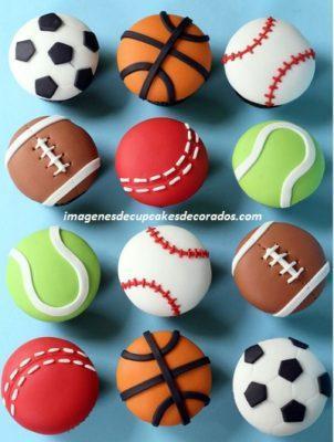 cupcakes de fondant para cumpleaños pelotas