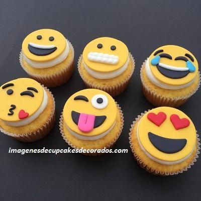 cupcakes de fondant para cumpleaños emojis