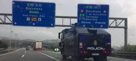 Hacer España a hostias