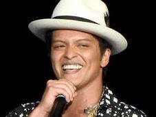 Bruno Mars cumple años