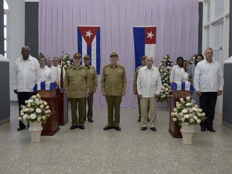 Trasladan restos de Céspedes y Mariana Grajales para acercarlos a los de Fidel Castro