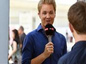 Nico Rosberg está considerando trabajo regular paddock