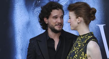 VIDEO: Decapitan a Jon Snow y ponen su cabeza en nevera