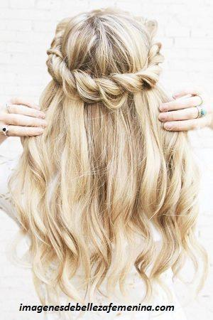 peinados faciles para cabello largo recogido corona