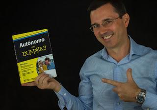 Entrevista a Roberto González (155), autor de «Autónomo para Dumies»