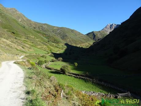 Ruta al Cornón por el Valle los Cereizales: Valle del Pigüeña