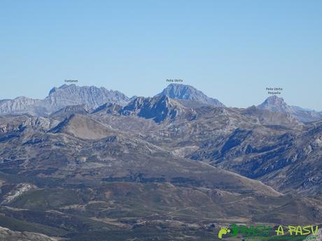 Ruta al Cornón por el Valle los Cereizales: Vista de Ubiña y Fontanes desde el Cornón