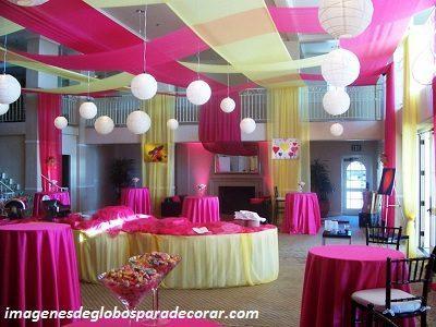 Imagenes con decoracion de salones de fiestas de quince for Salones para 15 anos