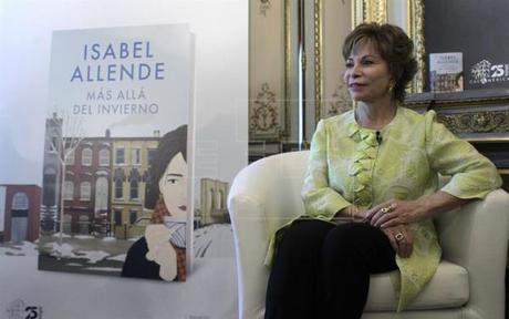 La escritora chilena Isabel Allende durante una entrevista con Efe hoy en Madrid. EFE