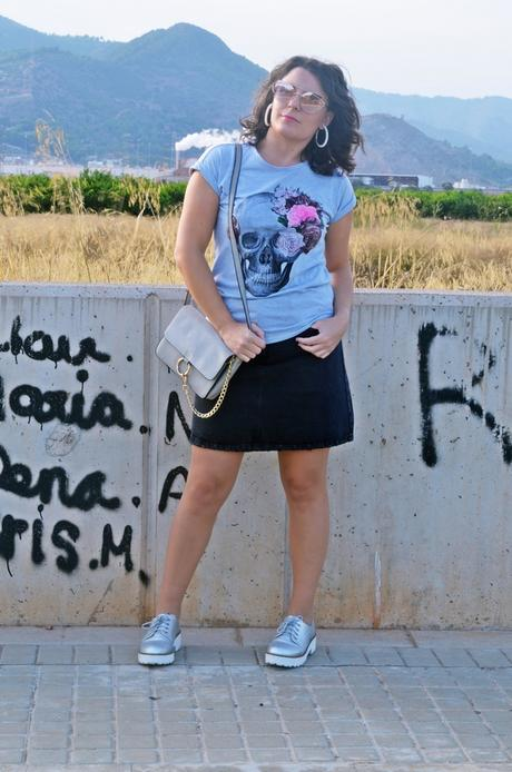 Camiseta con calavera