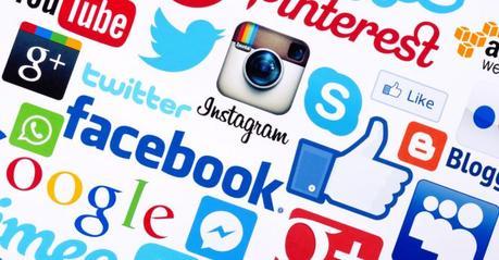 """Si estás en""""Trámites Migratorios"""" con EE.UU, Seguridad Nacional revisará tus redes sociales"""
