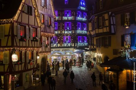 Colmar Navidad noche Alsacia
