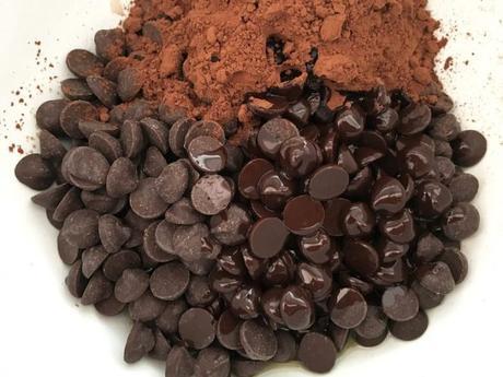Bizcocho de chocolate extra jugoso con aceite de oliva