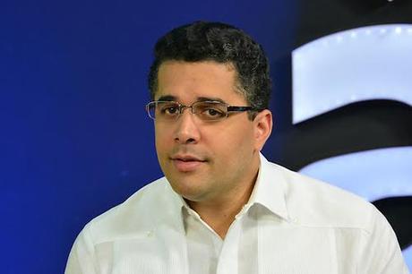 Amenazan ocupar Ayuntantamiento por empleos prometió Collado.