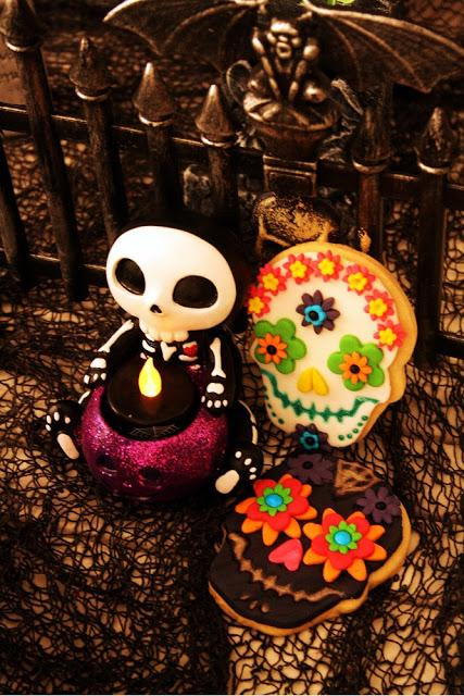 Mexican Skull Cookies