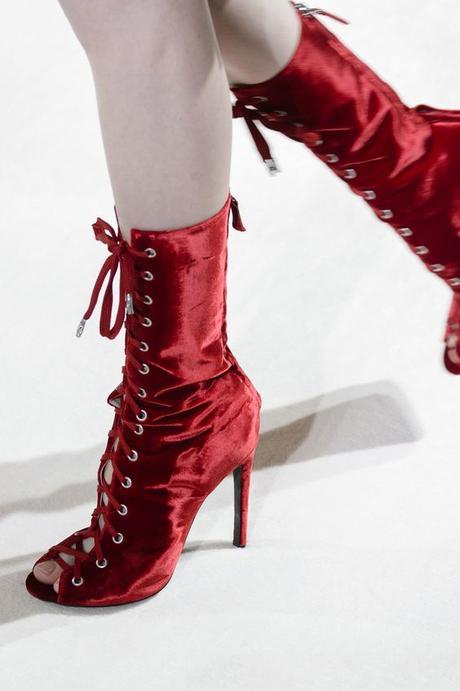 botas rojas