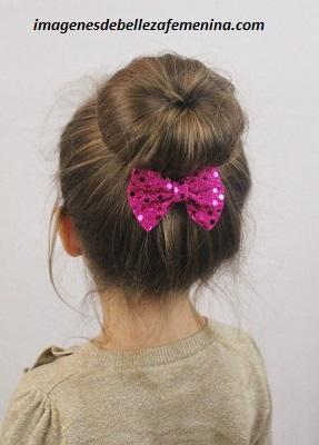 peinados para nenas para fiestas moño