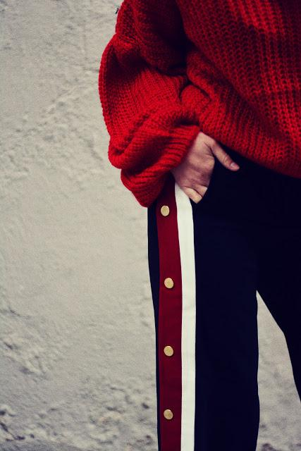 COSY KNIT AND SIDE BUTTONED PANTS
