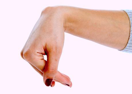 Crecimiento doloroso en la mano