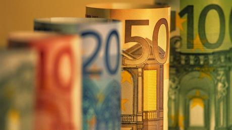 Cuba le debe unos 40 millones de Euros a España