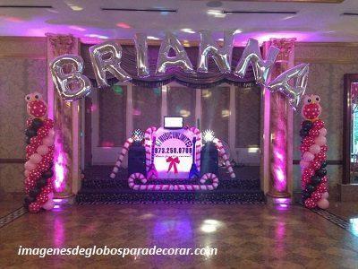Decoracion de salon para fiestas de 15 a os con globos for Decoracion con globos para xv anos
