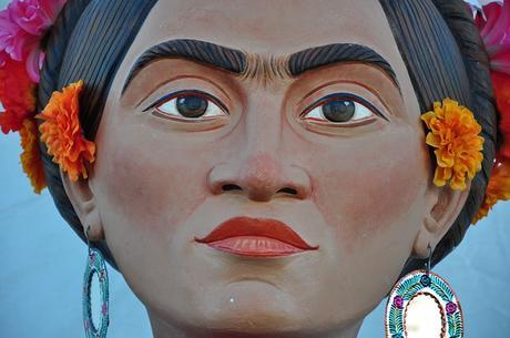 Frida y otros intelectuales fomentaron el mito de los antecedentes prehispánicos del Día de los Muertos
