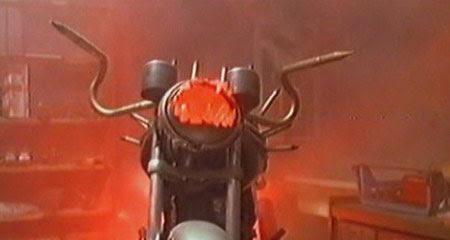 Yo compré una moto vampiro / I bought a vampire motorcycle (1990)