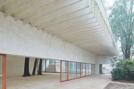 Nordic Pavilion in Venice / Sverre Fehn
