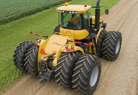 Challenger MT975B-entre-los-10-tractores-mas-caros-del-mundo