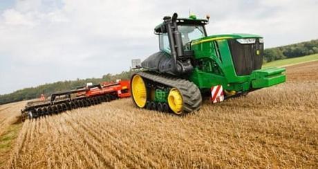 John Deere 9560RTentre-los-10-tractores-mas-caros-del-mundo