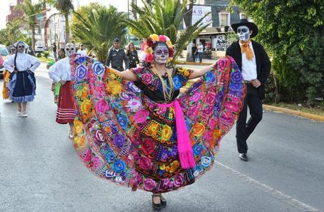 """Algarabía en el  """"Desfile Municipal Día de Muertos"""""""