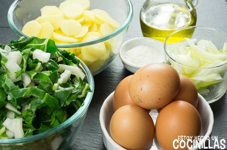 Receta de tortilla de patatas con acelgas