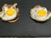 Tosta paté morcilla piñones huevo codorniz