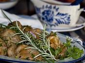 Pollo Guisado Cuarenta Dientes Hierbas Aromáticas