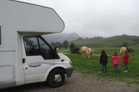 Viajar en autocaravana con niños, un planazo divertido en familia