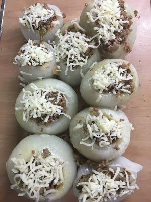 Cebollas Rellenas De Carne Y Champiñones