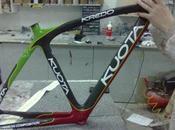 Pintar bicicleta para cambiar look protegerla