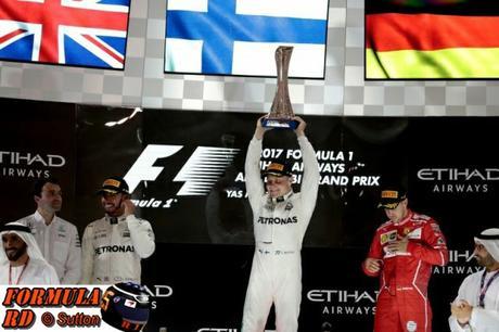 Resumen del GP de Abu Dhabi 2017 | Bottas gana y logra su primer Hat Trick