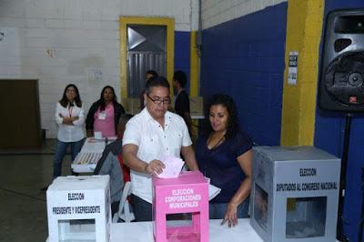 Honduras elige hoy presidente,diputados,alcaldes y regidores