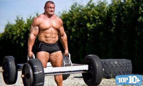 Mariusz Pudzianowski-entre-los-hombres-mas-fuertes-del-mundo