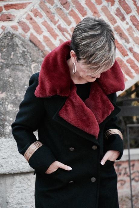 abrigo con cuello de pelo